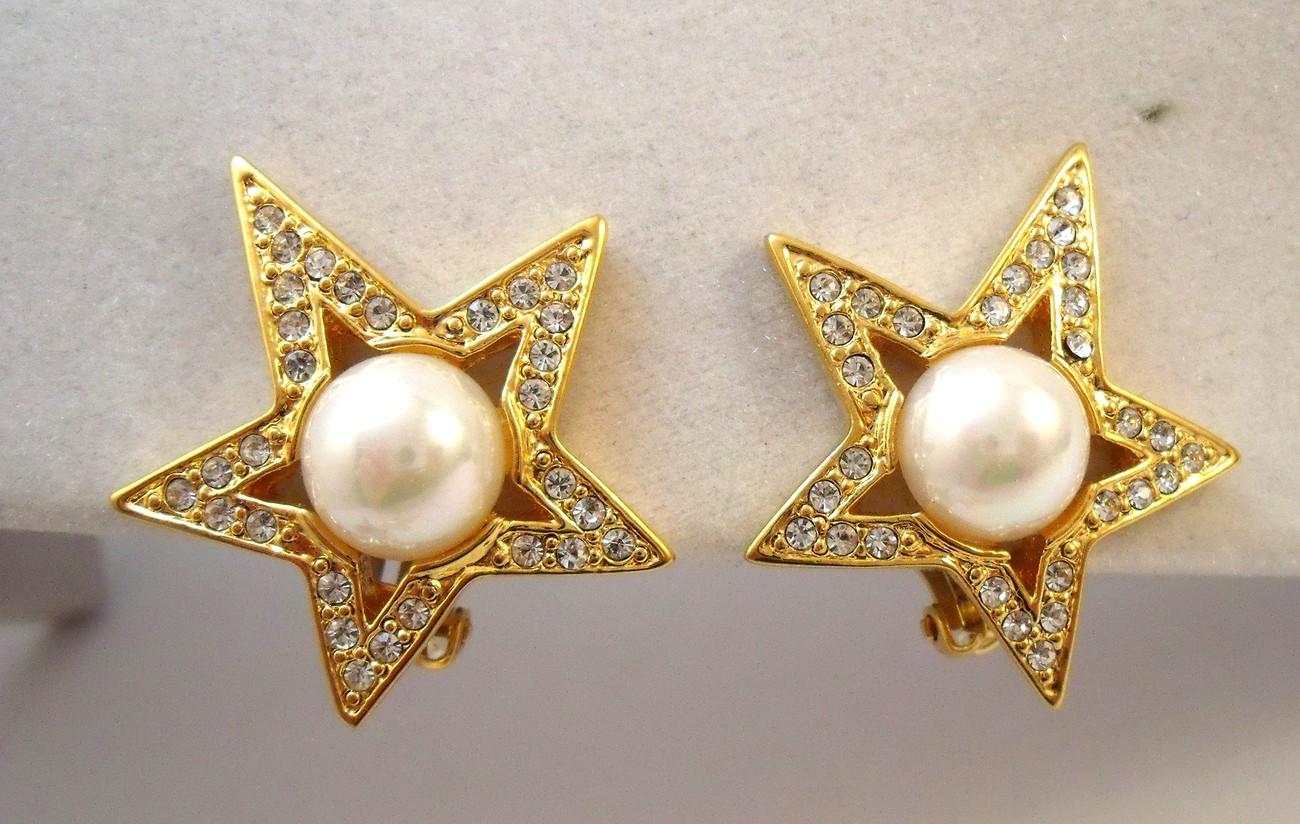 Designer signed Jackie Orr rhinestone star brooch and earrings