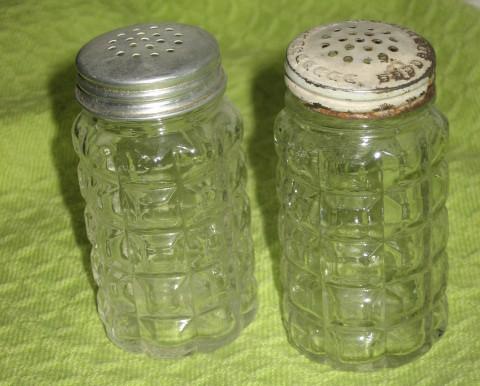 Anchor Hocking Salt & Pepper Set-Clear-Window Pane- 3 in. - $9.00