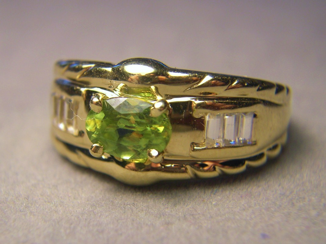 14k Gold Rare Titanite Sphene Ring with Sapphires Laura Ramsey 6 grams