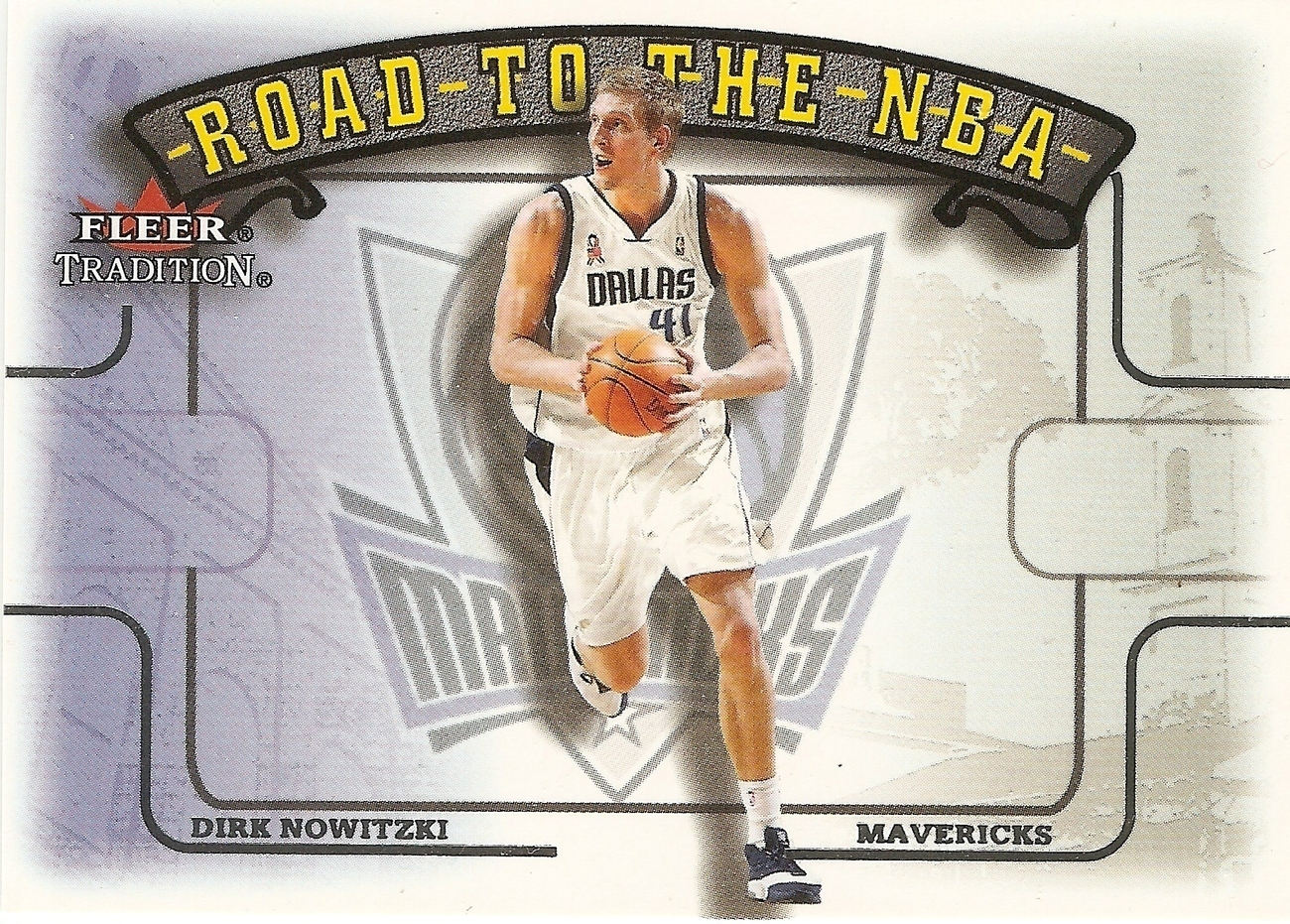 Dirk Nowitzki Fleer 02-03 Road to the NBA #9 Dallas Maverick