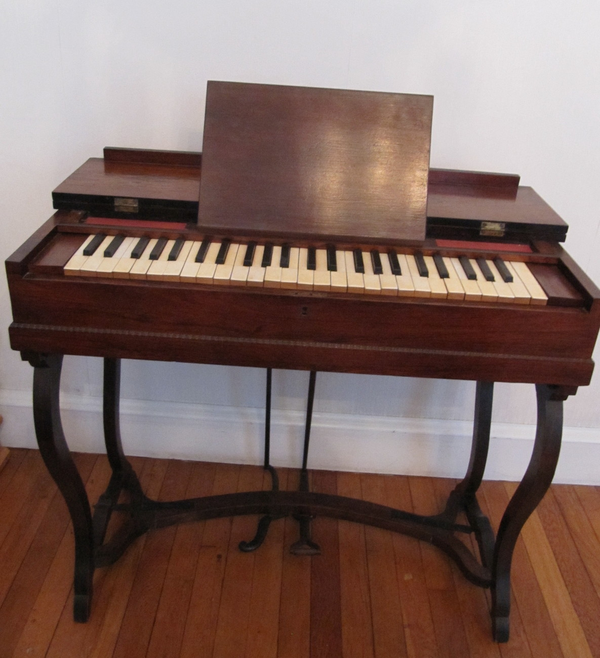 Antique Melodeon Reed Pump Organ Rosewood 4 Octave