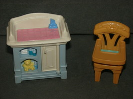 Fisher Price Loving Family Dollhouse: Baby Diaper Changing Table + High ... - $15.00