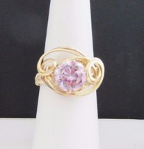 GOLD WIRE WRAP RING PINK CUBIC ZIRCONIUM CZ  SIZE 7 1/2 - $34.65