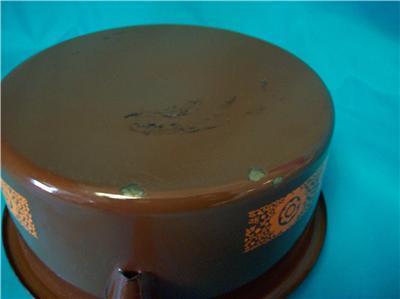 BROWN AND ORANGE ENAMEL SAUCE PAN MANUFACTURED BY ?????