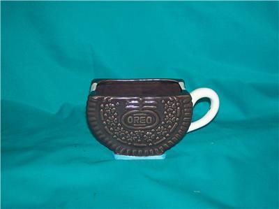 OREO NABISCO CLASSICS COOKIE SHAPED MUG