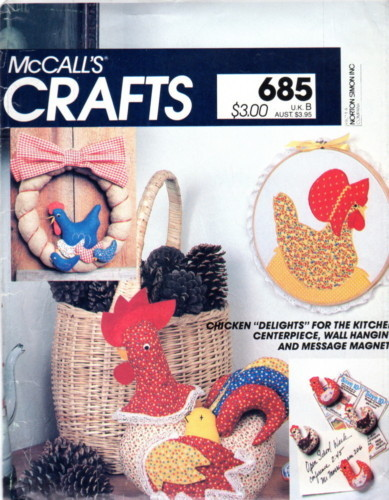 McCall's 685 8505 Rooster Chicken Kitchen Décor Pattern
