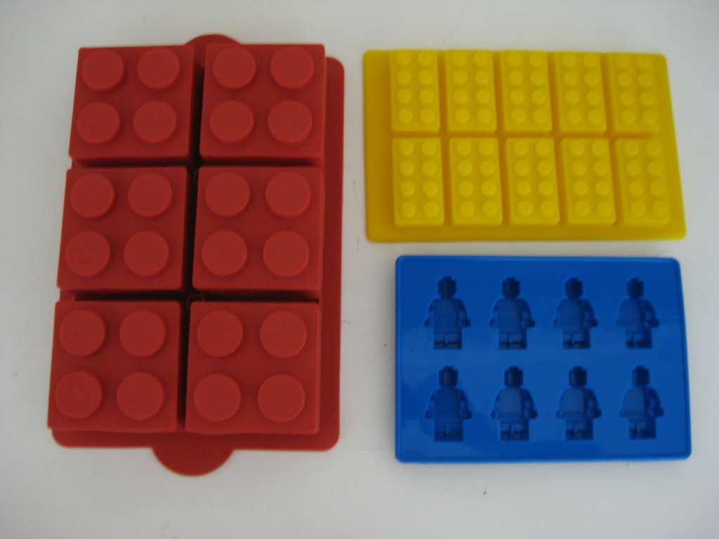 Lego Minifigure Brick Birthday Party Cake Pan Mold Set