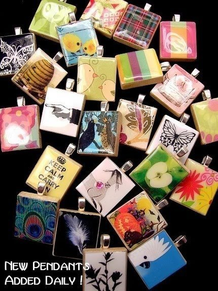 ABSTRACT WISPY FLOWERS - Altered Art Scrabble Pendant
