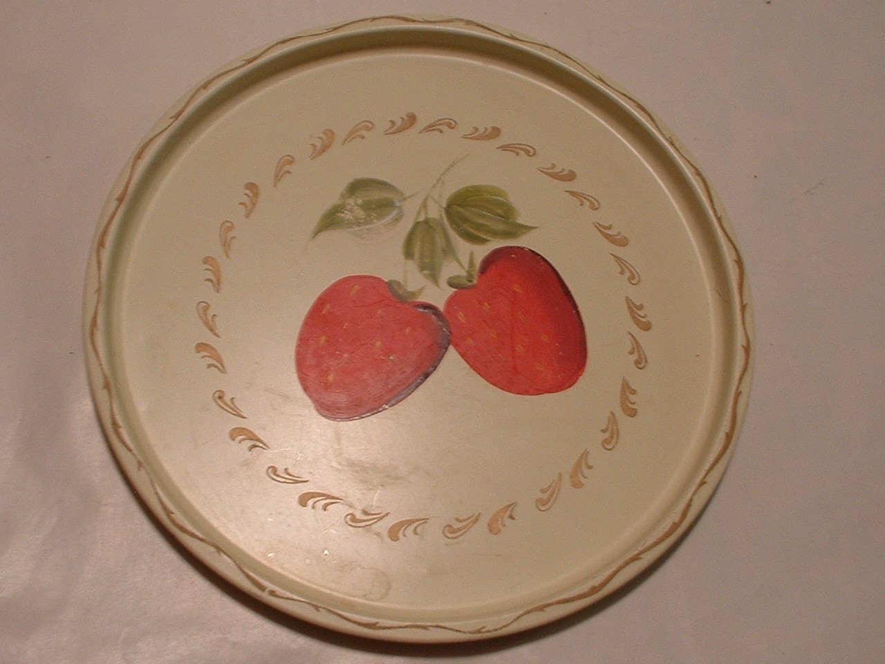 Vintage Tole painted 11 Inch Tray