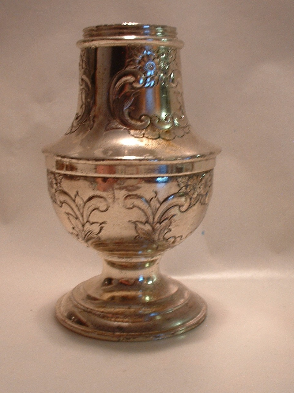 Vintage Antique Victorian Silverplated Muffineer Sugar Shaker