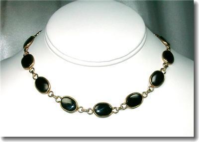 Vintage Black Glass & Goldtone Oval Cabochons Choker