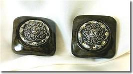 Marbleized Plastic & Silvertone Filagree Clip Earrings - $9.00