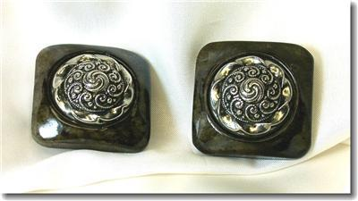 Marbleized Plastic & Silvertone Filagree Clip Earrings