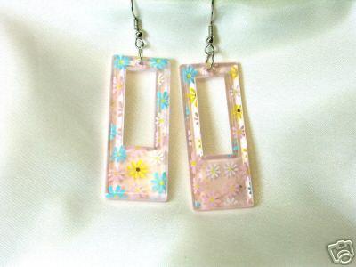 Cool Japanese Lucite Flowered Dangle Pierced Earrings