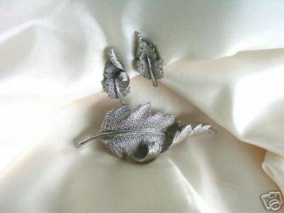 Signed Coro Leaves Demi Parure Set Earrings & Pin