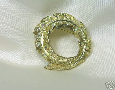 Vintage Aurora Borealis Rhinestone Circle Feather Pin