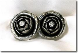 Wonderful Vintage Large Rose Earrings Rhinestone Center - $19.00