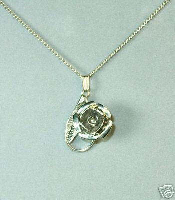 Lovely Silvertone Rose & Filagree Pendant