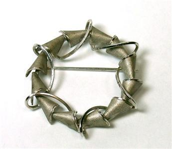 "Delicate Sterling Abstract Circular Curtis ""dce"" Brooch"