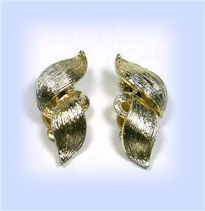 "Vintage Lisner ""Flame"" Light Goldtone Clip Earrings"