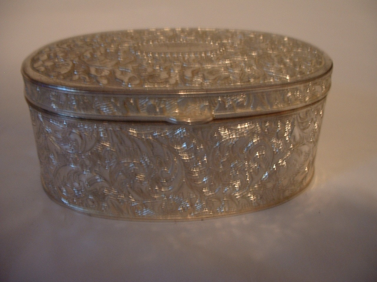 Vintage  Pretty Trinket Box or Jewelry Box