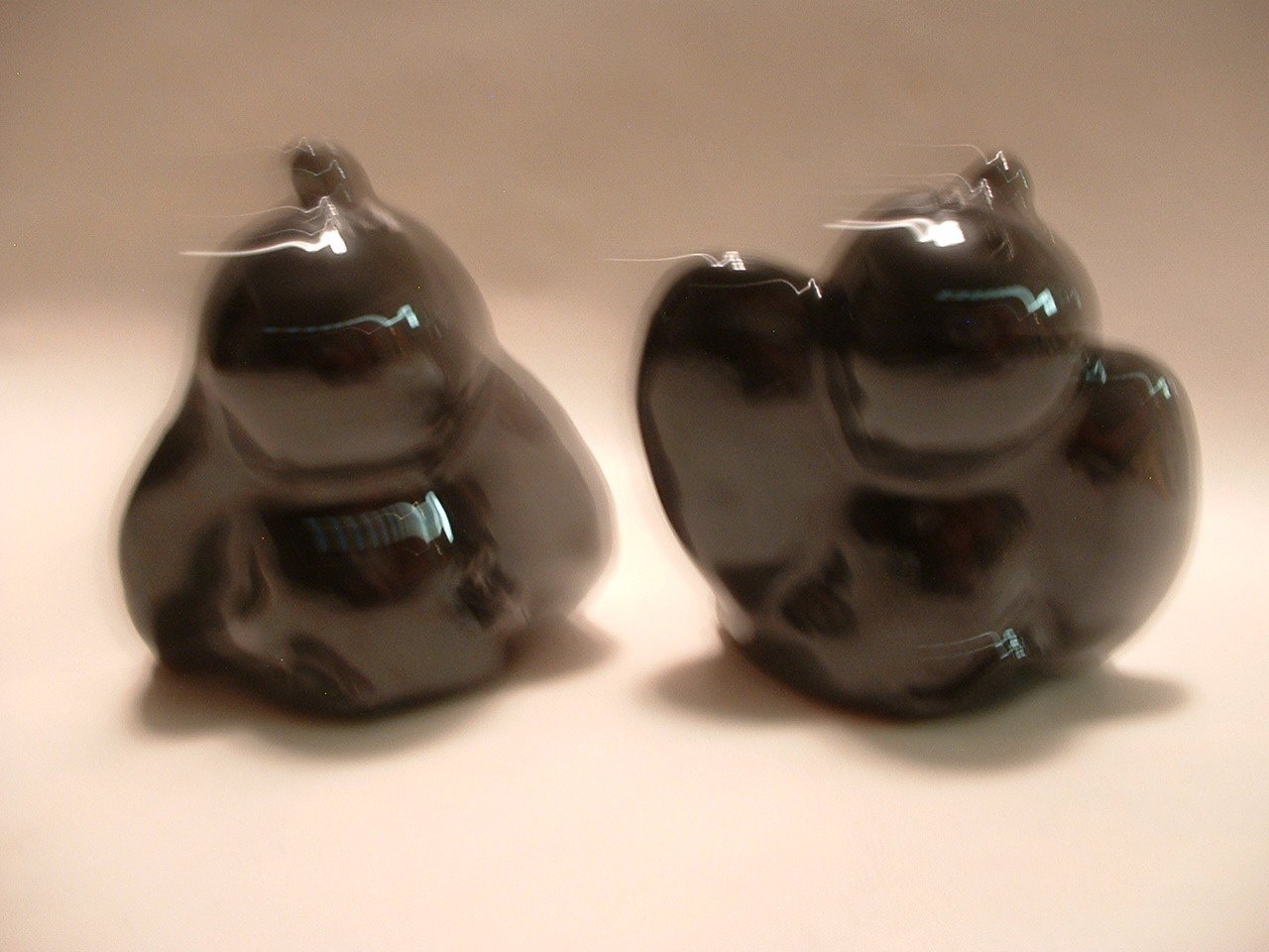 Vintage Elephant Salt / Pepper Shakers