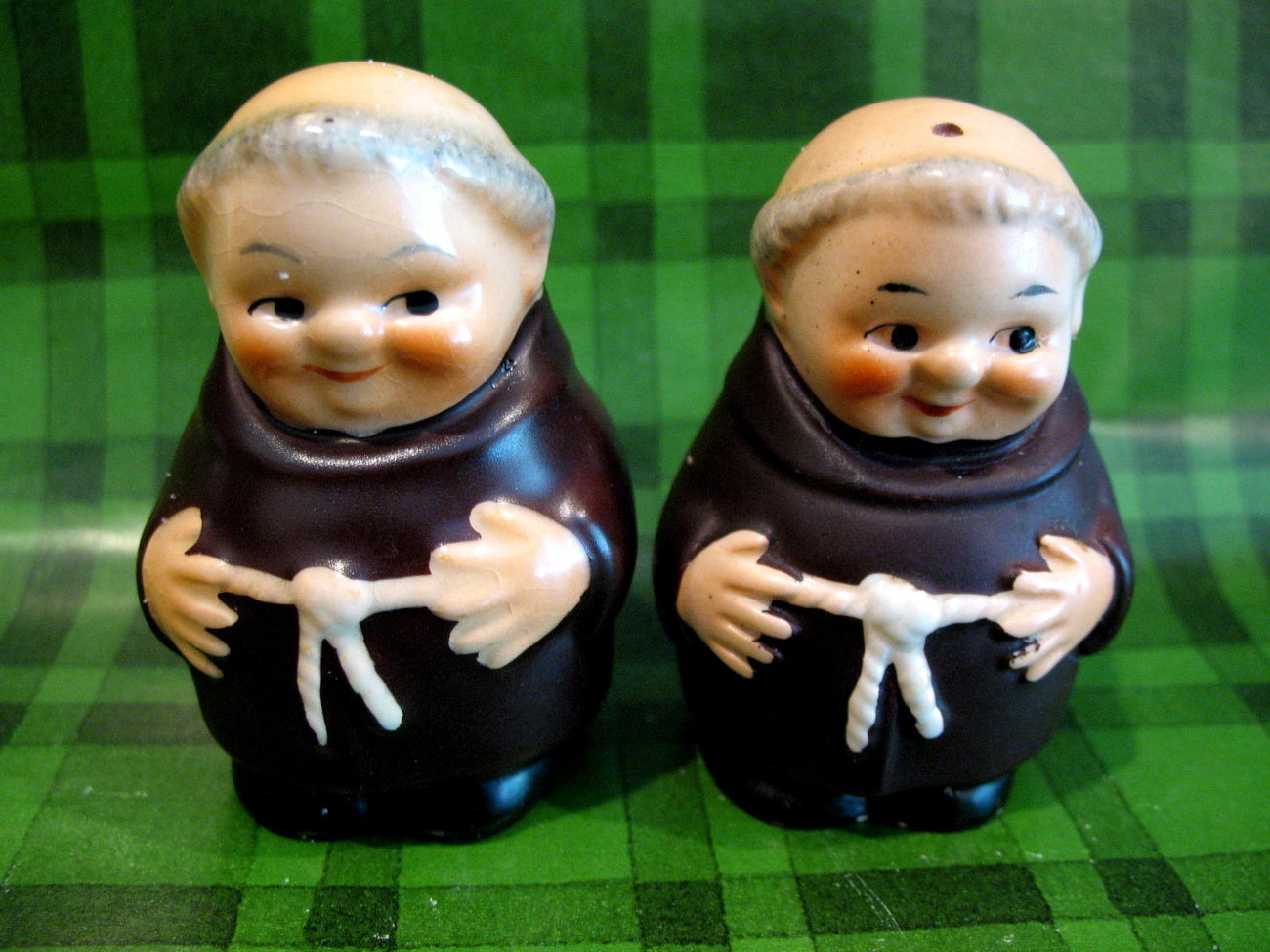 Goebel Friar Tuck Monks Salt and Pepper Shakers Set 1950's Collector Vintage