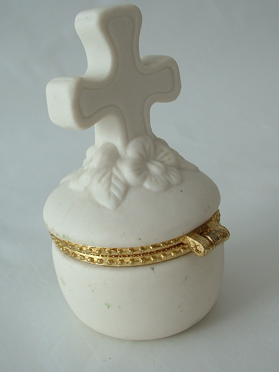 Vintage Porcelain Ring or Trinket Box with Cross