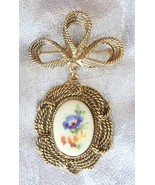 Baroque 70s Exquisite Glass Flower Cabochon Brooch - $9.95