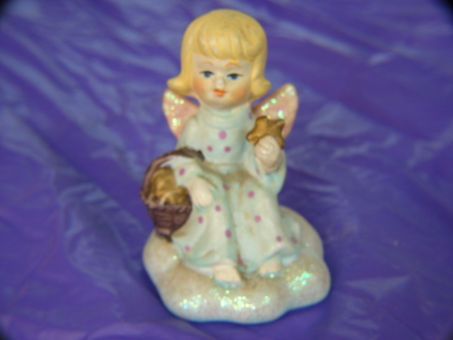 VINTAGE Toddler Girl Angel w/Basket of Stars