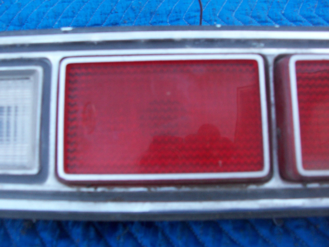 1973 MARQUIS 2 DOOR BROUGHAM RIGHT TAILLIGHT OEM USED ORIGINAL MERCURY FORD PART image 4