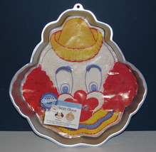 Wilton 1989 Happy Clown Face Pan 2105-802 with Insert - $15.99