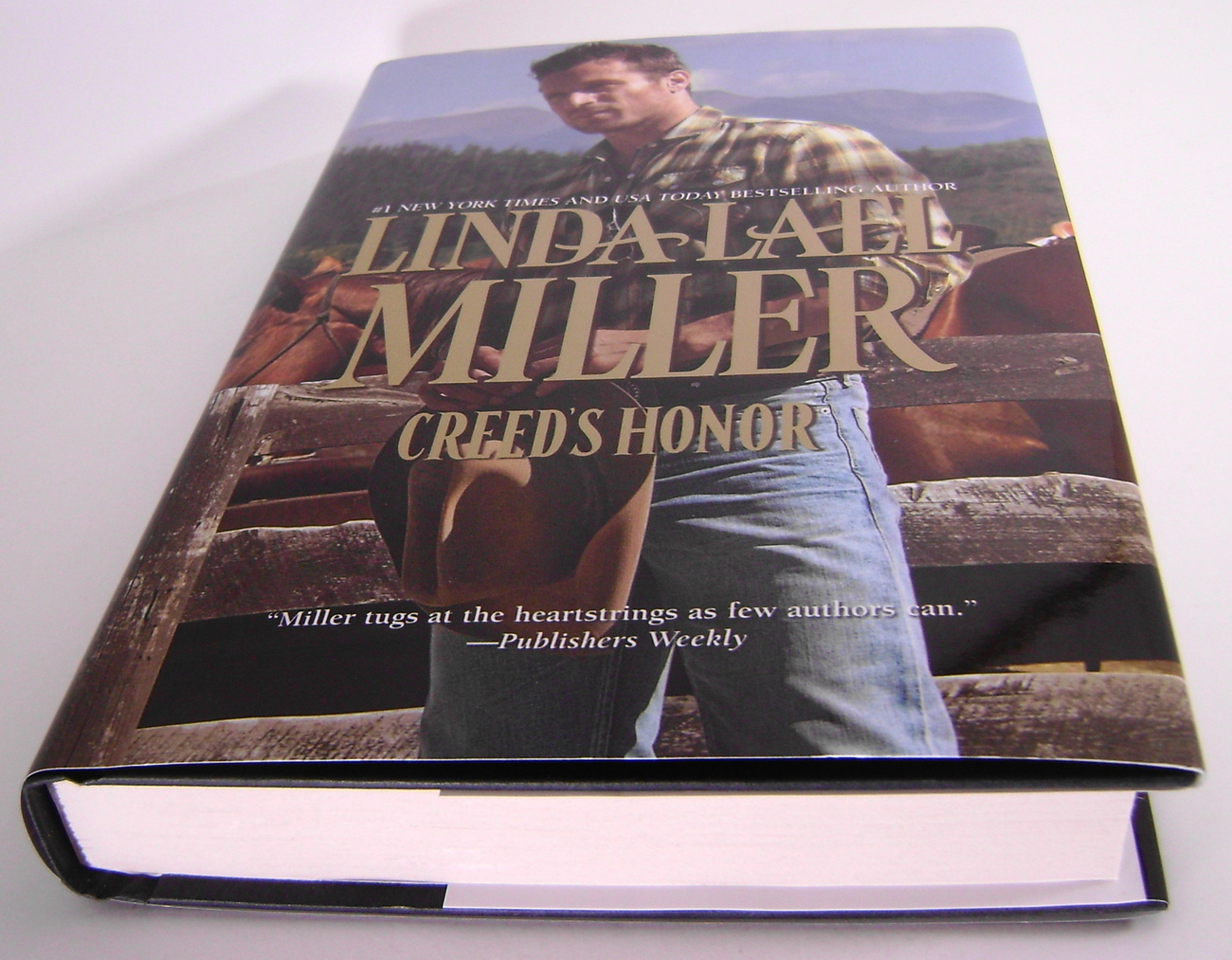 Creeds Honor Conner By Linda Lael Miller BCE HC