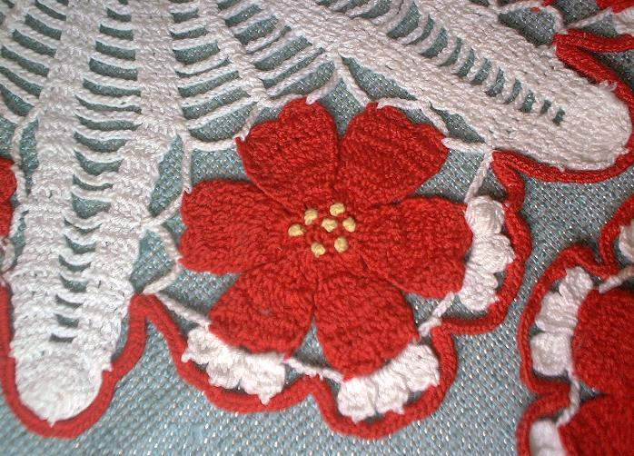 3 vintage Hand Crocheted Doilies Doily Set White Red Flowers Centerpiece