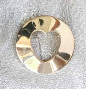 Primary image for Art Moderne 60s Exquisite Heart Circle Brooch