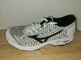 Mizuno wave knit R2 Women's Running Shoes  J1GD182910 size 7 - $59.39