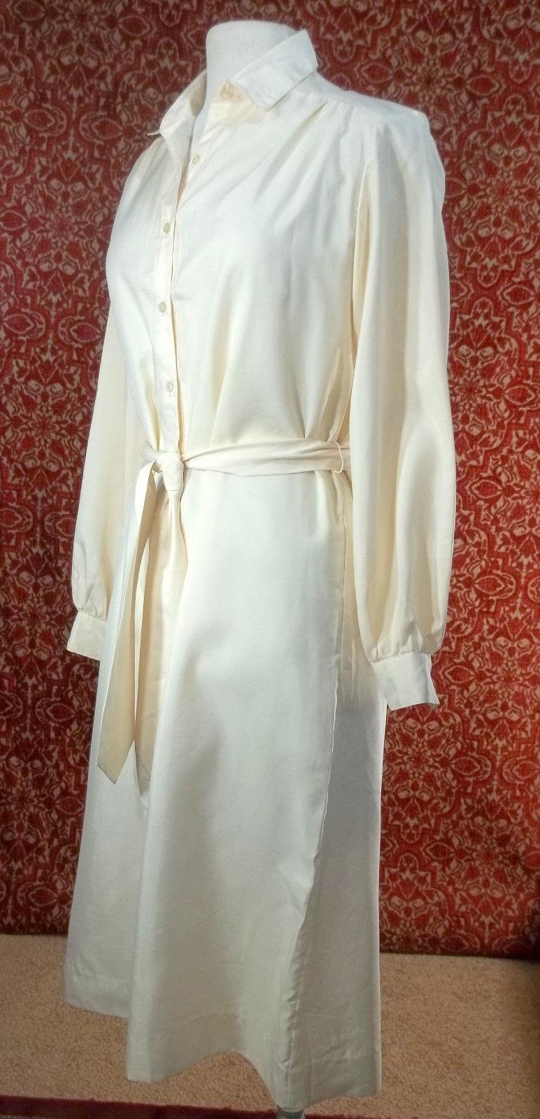 THE LADY MANHATTAN DRESS CO VINTAGE 60s Ivory polyester dress 10 (T1705B8G)