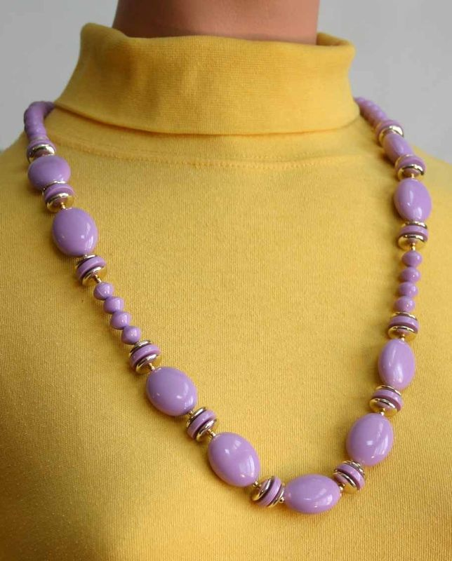 Primary image for Art Moderne 80s Stunning Purple Plastic Necklace