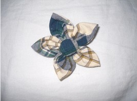 Handmade Five Petals Flower Broach - $4.50