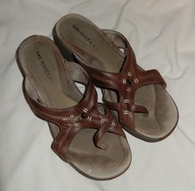 49cd48386877 Merrell Brown Leather Wedge Slip-On Sandals Toe Loop Women  39 s Size