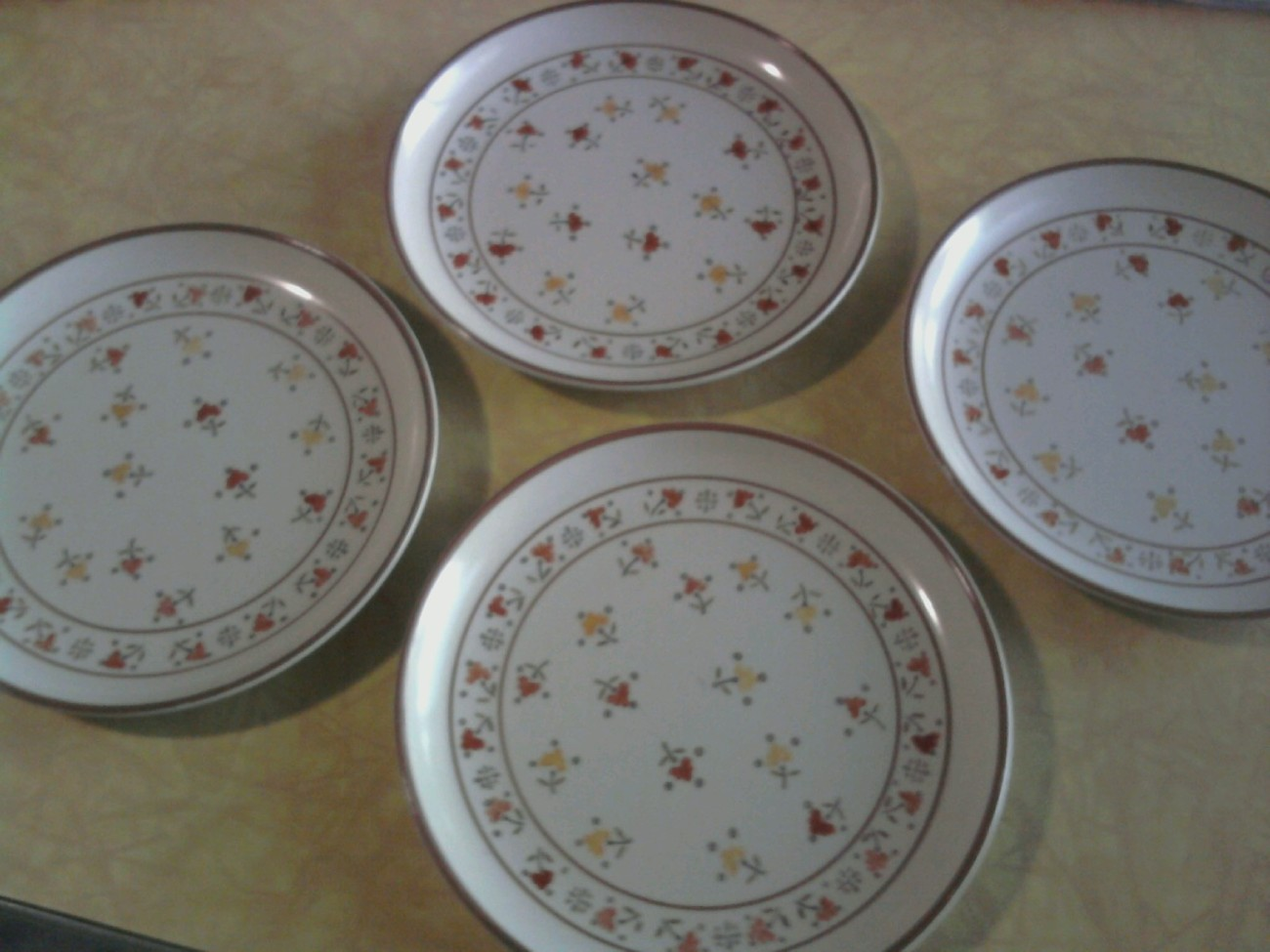 "(4) NEW Metlox CALICO 8"" plates from vendor stockroom; stamped; 1977 Image"
