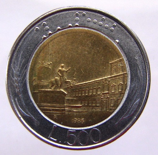ITALY 19 Years Old 1985 Italian 500 Lire Winged head Bi Meta