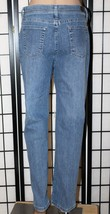 "LEE Classic Fit Women's Size 12 Short Straight Leg Stretch Jeans 29"" Ins... - $26.11"