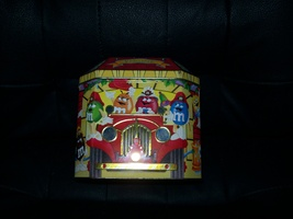 1997 Engine Hook & Ladder M&M Collectible Tin #6 - $6.00