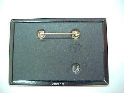 1995 Disneyland Mickey's Halloween Treat Pin Back Pinback Button