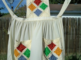 Vintage cathedral windows quilt bib apron2 thumb200