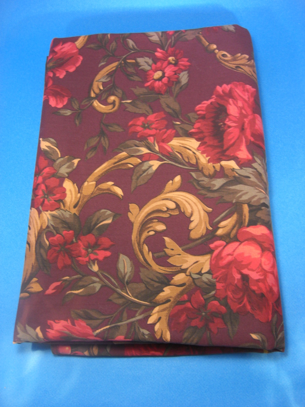 Rectangular 60X84 Cotton Table Cloth Holiday Floral Burgundy