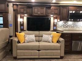 2018 NEWMAR ESSEX For Sale In Amarillo, TX 79118  image 6
