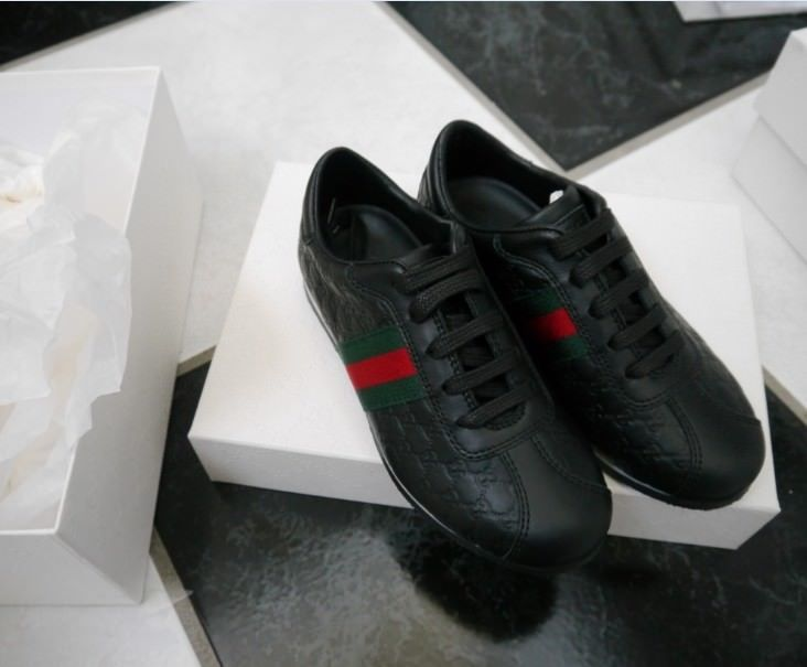 NIB 100% AUTH Gucci Kid's Microguccissima Leather Sneakers Shoes 271316 28