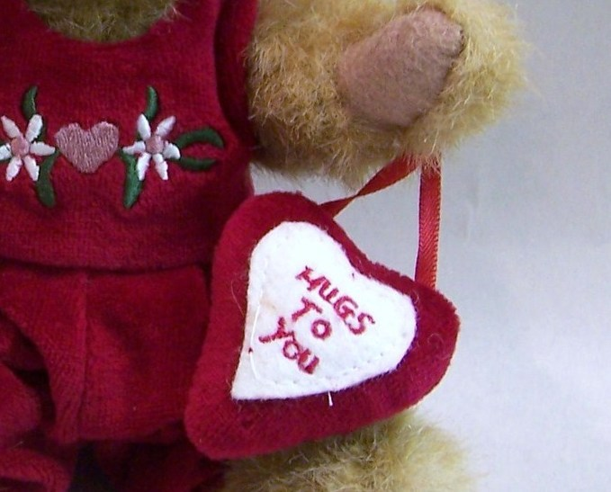 Boyds Bear Hugs to You Teddy Bear